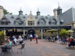 Pictured above is the Courtyard of the Biltmore Village that includes food vendors, restaurants,and gift shops. Vista photos by Bob Epstein